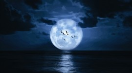 Moon In The Clouds Wallpaper 1080p