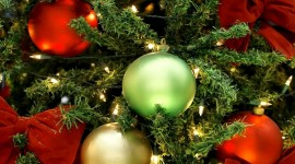 4K Christmas Decorations Photo Download