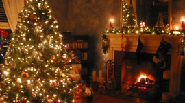 4K Christmas Fireplaces Image