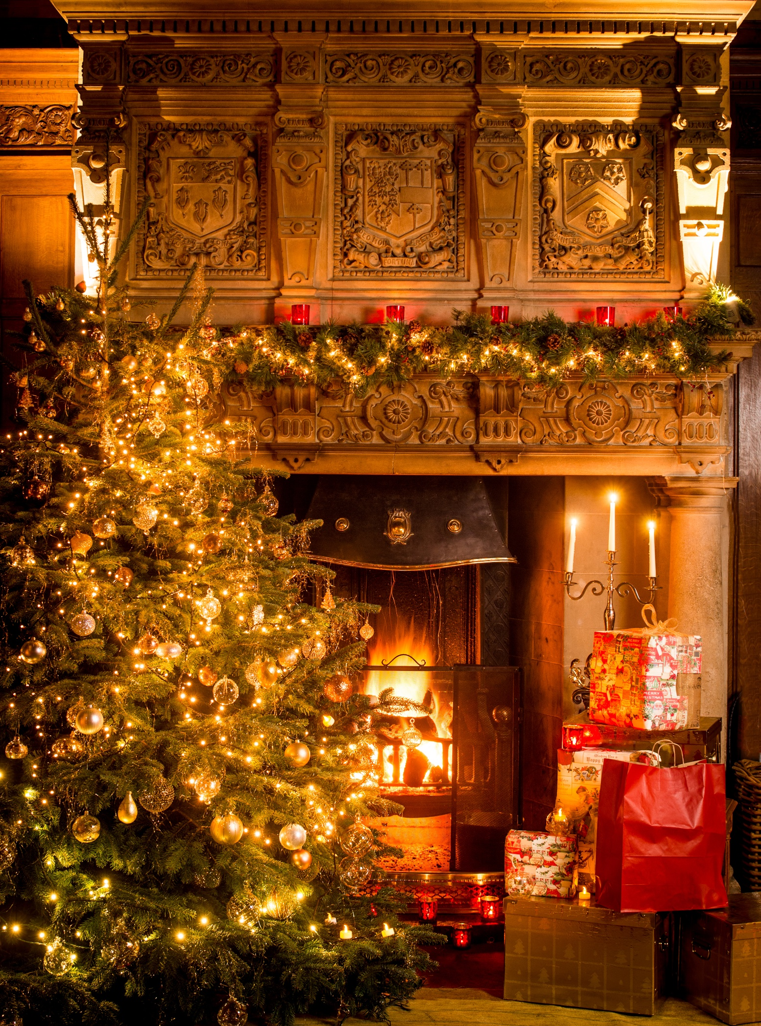 4k christmas fireplaces wallpapers high quality