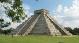 Chichen Itza In Mexico Desktop Wallpaper