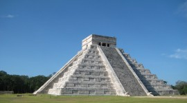 Chichen Itza In Mexico Wallpaper