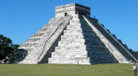 Chichen Itza In Mexico Wallpaper Background
