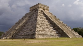 Chichen Itza In Mexico Wallpaper Free
