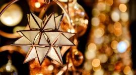 Christmas Star On Tree Wallpaper