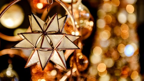 Christmas Star On Tree wallpapers high quality