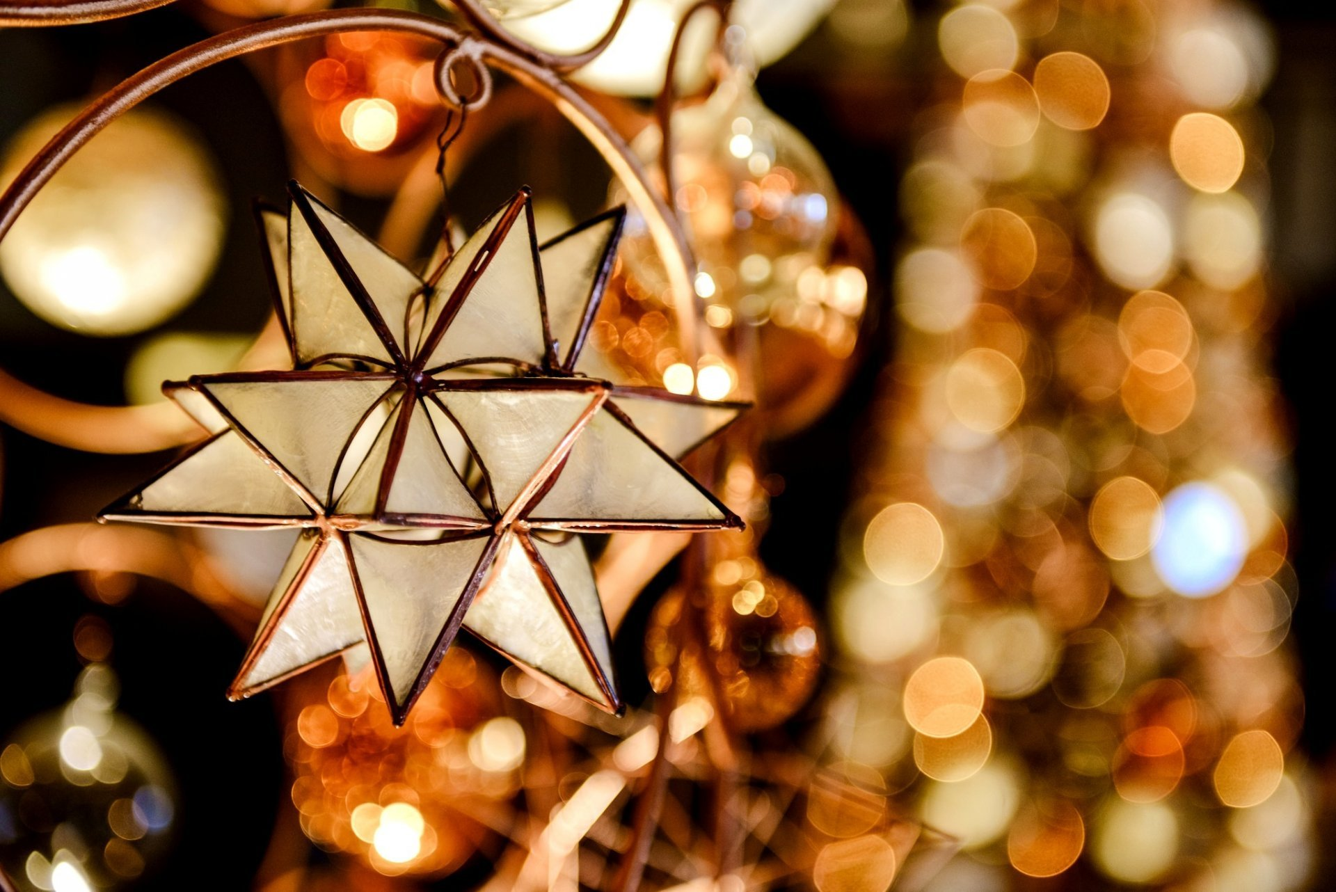 Christmas Star On Tree Wallpapers High Quality Download Free