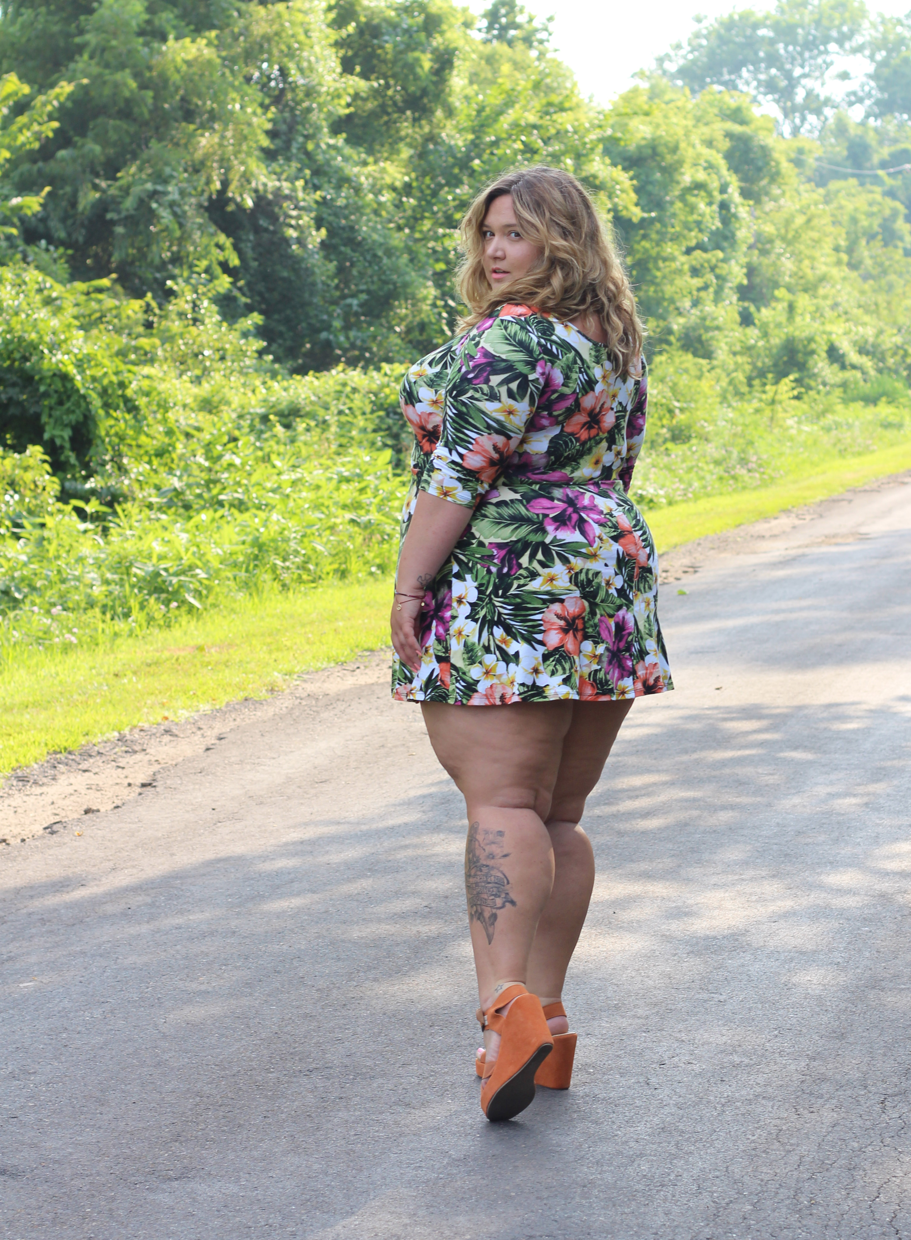 Bbw with thick legs
