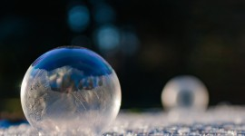 Frozen Bubbles Desktop Wallpaper