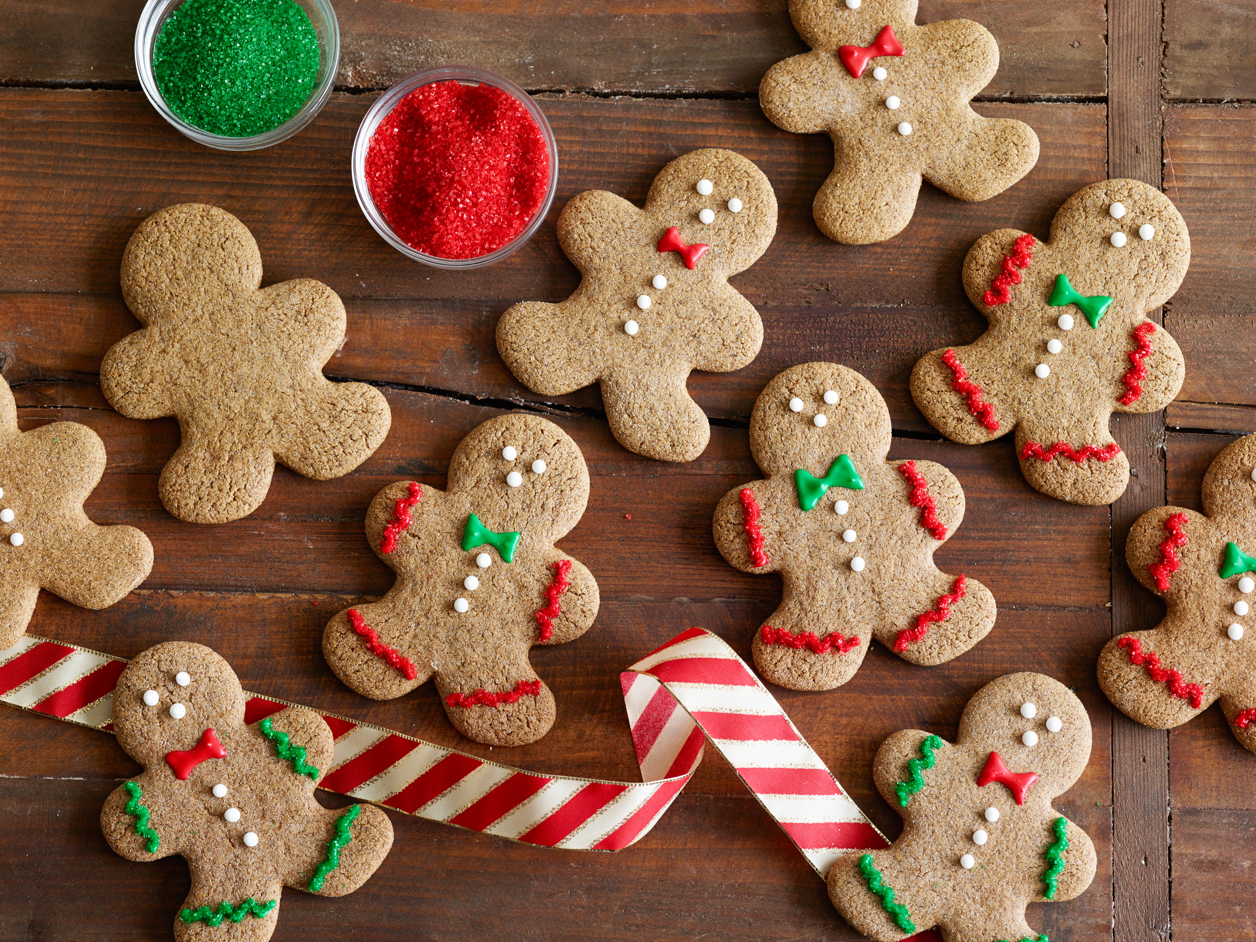 This is a graphic of Adorable Ginger Bread Images