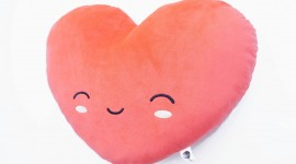 Heart Pillow Wallpaper