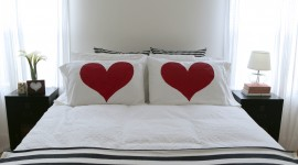 Heart Pillow Wallpaper For Mobile