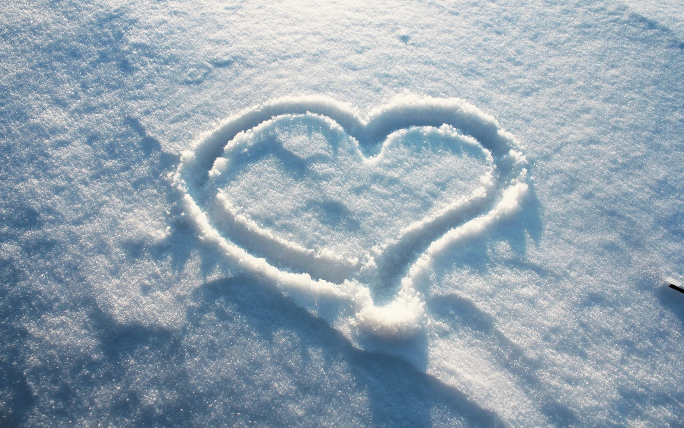 Hearts In The Snow Wallpapers High Quality | Download Free