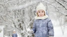It's Snowing Photo