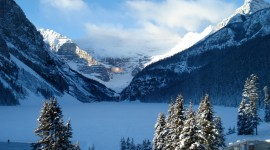 Lake Louise Wallpaper Background