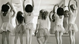 Little Ballerinas Wallpaper HQ
