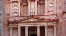 Petra In Jordan Wallpaper For IPhone Download
