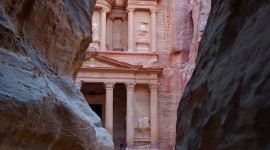 Petra In Jordan Wallpaper For IPhone Free