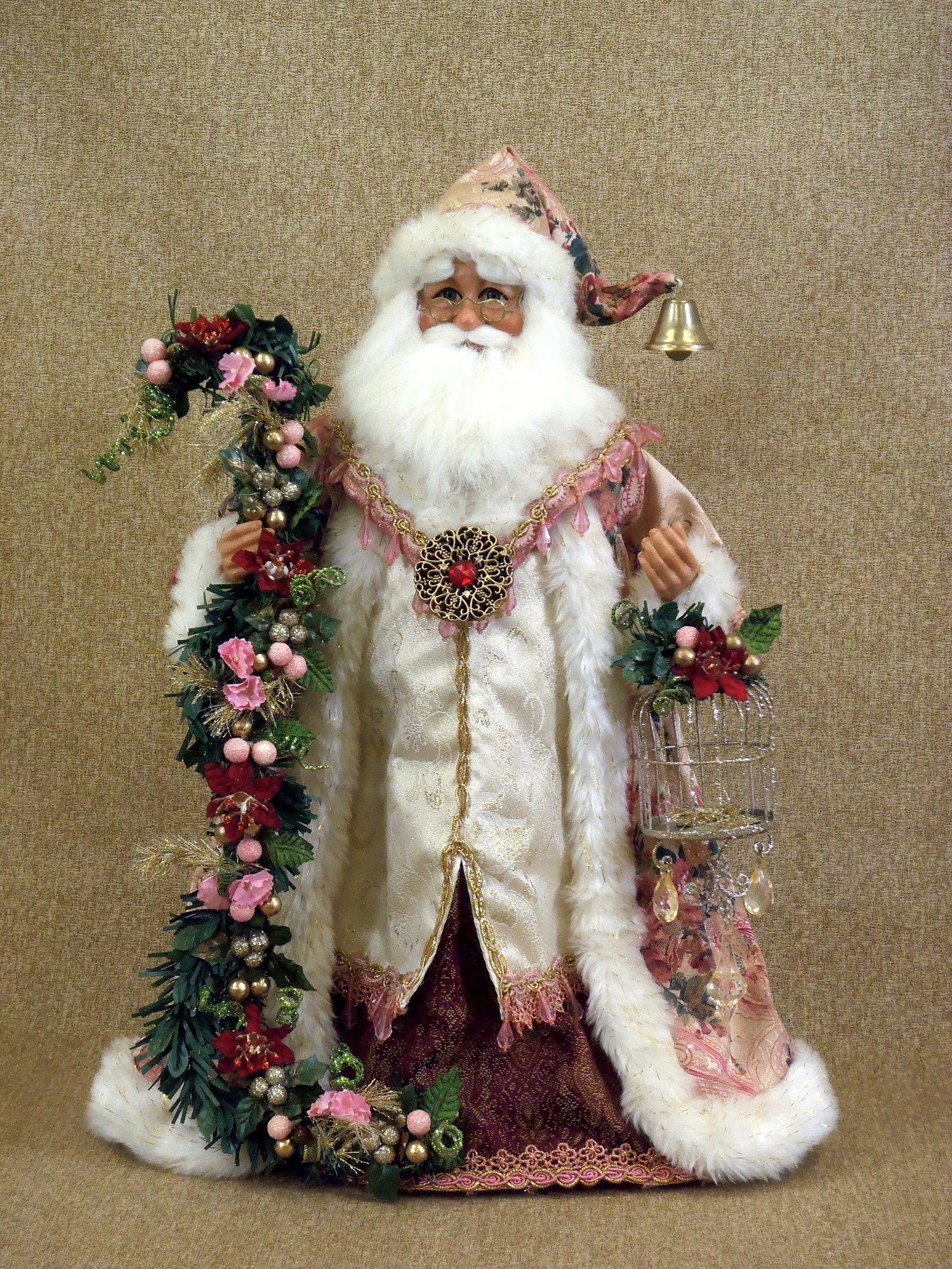 The santa claus figurine wallpapers high quality