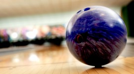 4K Bowling Desktop Wallpaper HD