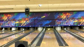 4K Bowling Photo