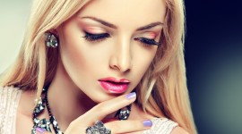 4K Lipstick Desktop Wallpaper For PC