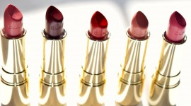 4K Lipstick Wallpaper Download Free