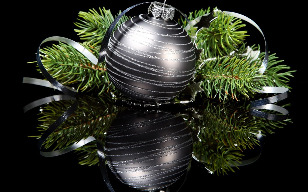 Black Christmas Balls wallpapers HD