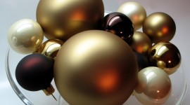 Black Christmas Balls Wallpaper Full HD
