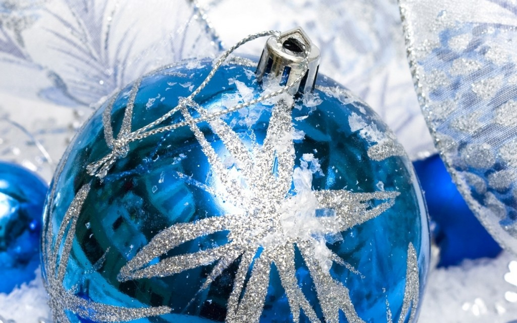 Blue Christmas Balls wallpapers HD