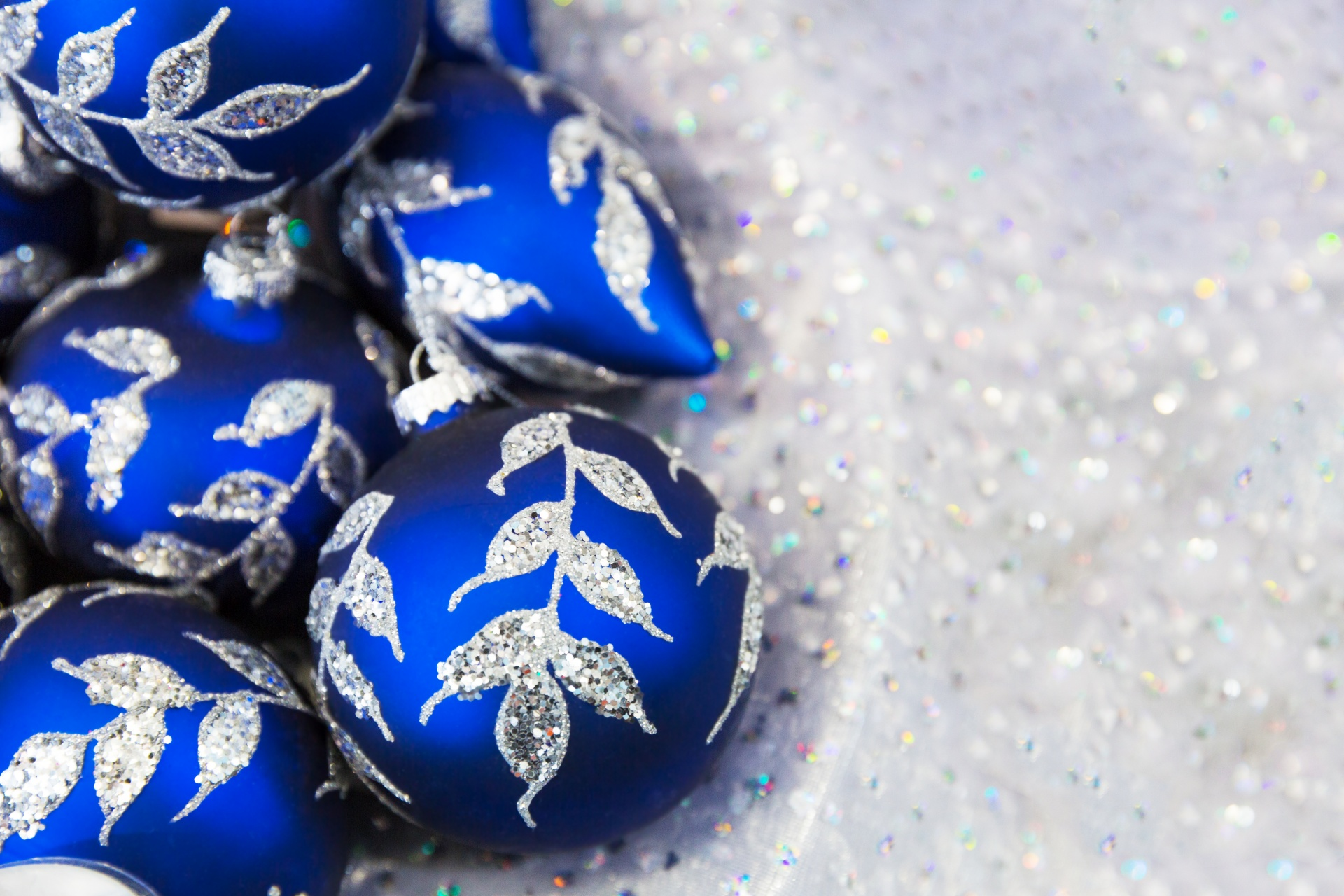 blue christmas balls wallpapers - Blue Christmas