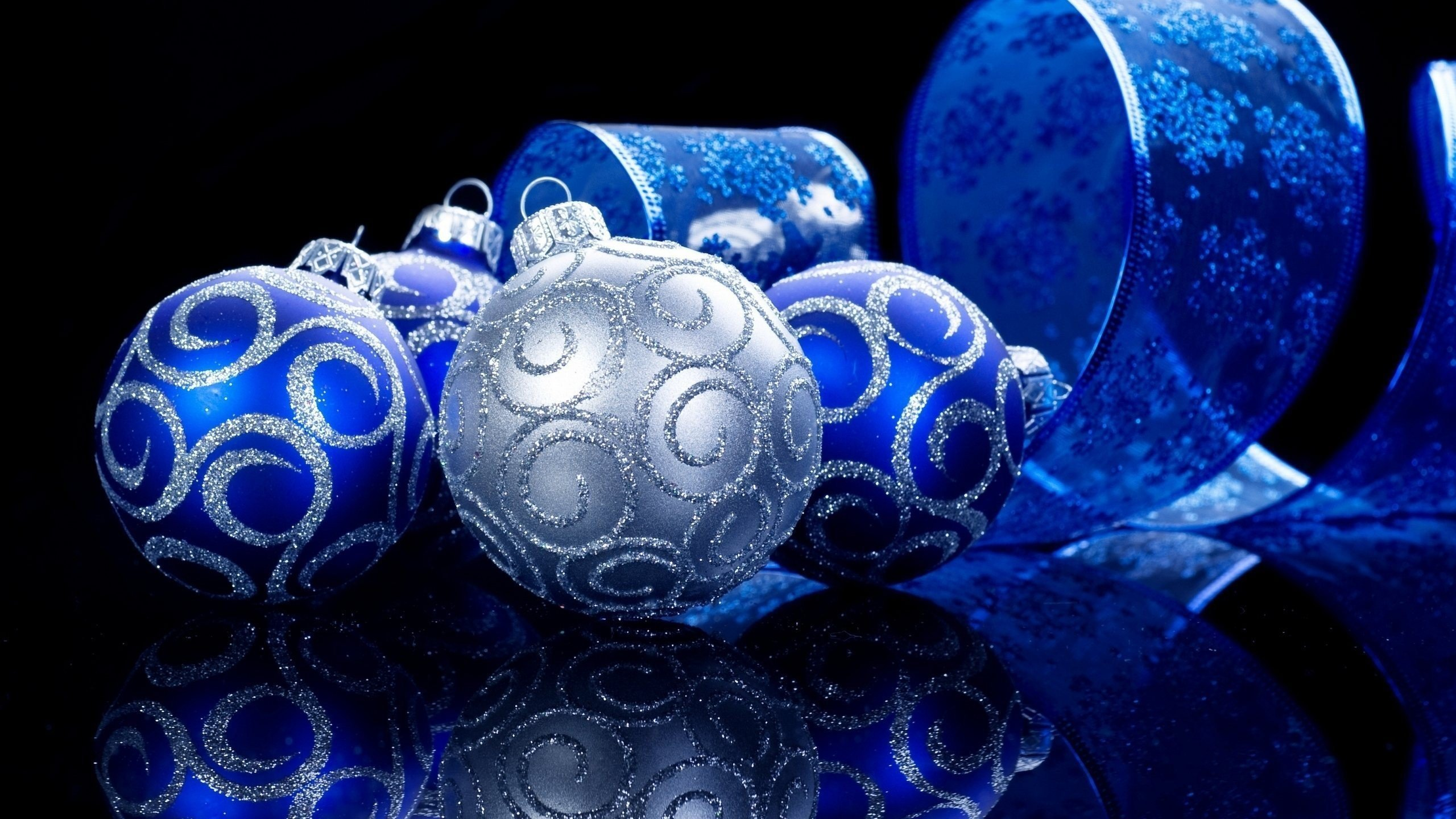 Blue Christmas Balls Wallpapers High Quality