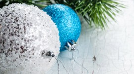 Blue Christmas Balls Wallpaper Free