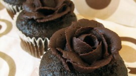 Chocolate Roses Wallpaper For IPhone#1