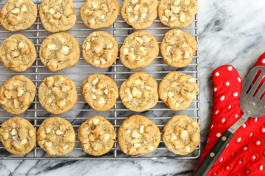 Cookies With Nuts wallpapers HD