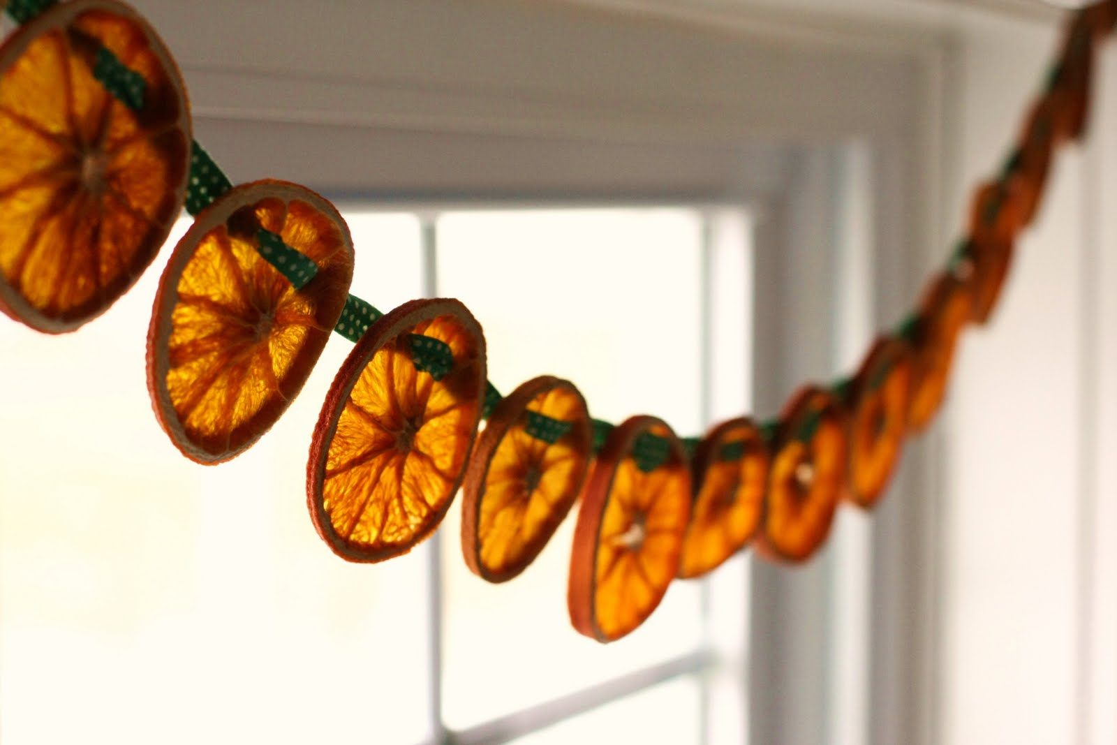 Dried Fruit Garland Wallpapers High Quality Download Free