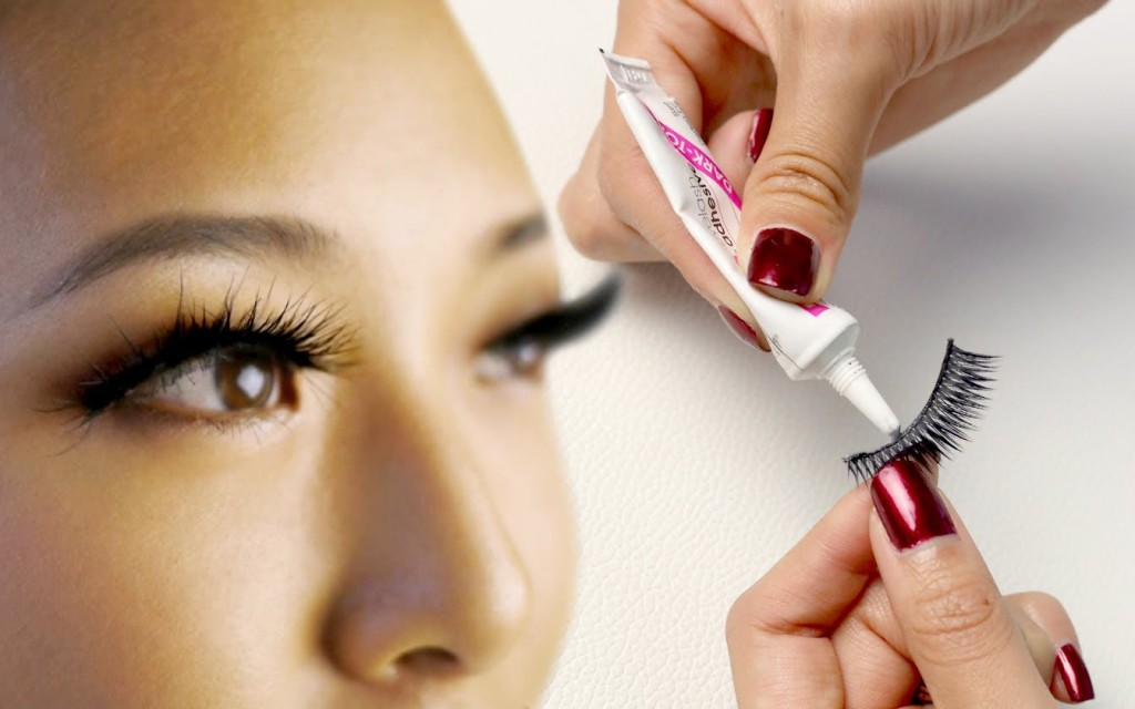 Fake Eyelashes wallpapers HD