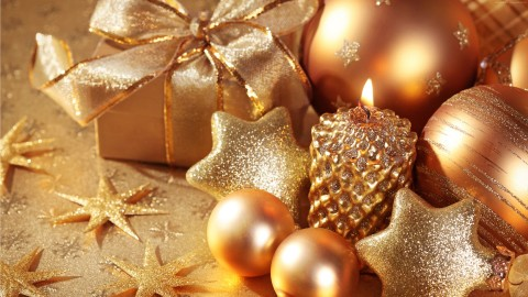 Gold Christmas Balls wallpapers high quality