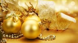 Gold Christmas Balls Wallpaper For PC