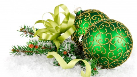 Green Christmas Balls wallpapers high quality
