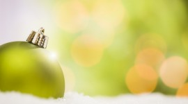 Green Christmas Balls Photo Download