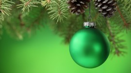 Green Christmas Balls Wallpaper Full HD
