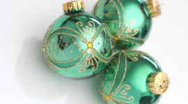 Green Christmas Balls Wallpaper HQ#1