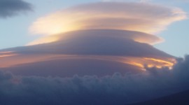 Lenticular Clouds Photo Free