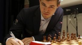 Magnus Carlsen Desktop Wallpaper HD
