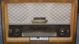 Radio Wallpaper Download Free