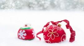 Red Christmas Balls Wallpaper Free