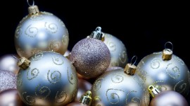 Silver Christmas Balls Photo Free