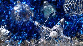 Silver Christmas Balls Wallpaper