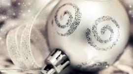 Silver Christmas Balls Wallpaper Free